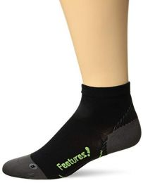 Feetures Plantar Fasciitis Relief Sock with Arch Support Compression for Foot Pain, for Men and Women, Easy to Use Convenient Relief, for Active Use and Recovery - Ultra Light - Quarter